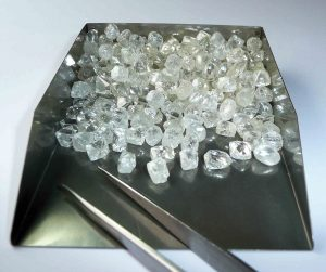 Applicability of the high performance organisation framework in the diamond industry value chain (1)