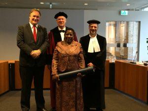 r. Janet Bagorogoza, Prof, Van den Herik (promotor), Dr. André de Waal & Dr. Bartel van de Walle (copromotors)